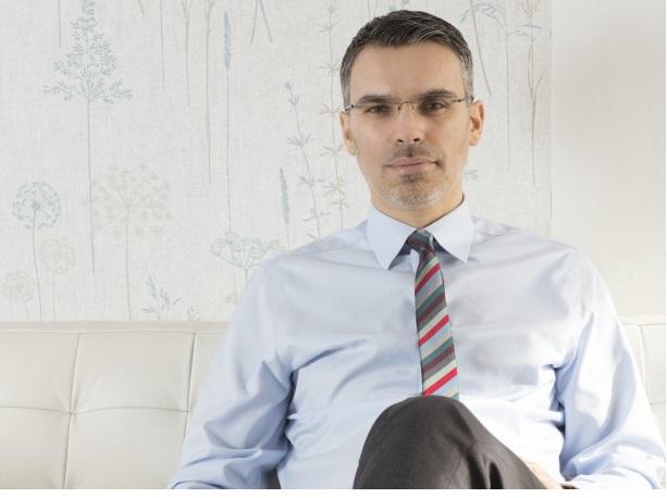 Interviu cu analistul politic Remus Ștefureac (III) – Ceea ce pare foarte relevant pentru România este corelația dintre viziunea de guvernare a președintelui și viziunea guvernului.