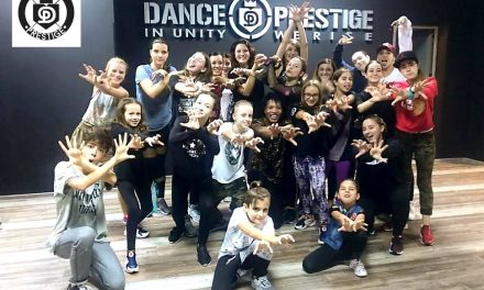 Dance Prestige- Schimb de zâmbete