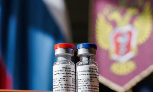 "Le Monde: ""40.000 de persoane vor testa vaccinul Sputnik-V"""