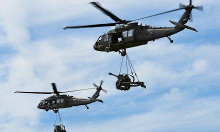 Un prim pas. România va deține, prin Romaero, un centru de echipare și mentenanță pentru elicoptere Black Hawk