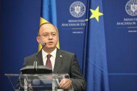 Bogdan Aurescu le recomandă românilor din străinătate să opteze pentru votul prin corespondenţă la alegerile parlamentare