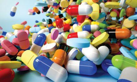 Sebastian Rushworth MD: Tot ce trebuie să facem pentru a obține o reducere cu 38% a mortalității este să înghițim mai puține medicamente