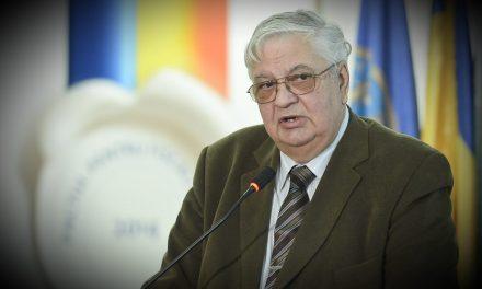 Mircea Coșea(II) – Tot acest fast, acest spectacol de lumină și sunete în legătură cu fondurile comunitare, faptul că nise tot anunță că ele sunt miracolul, ne duce la ideea că România, în realitate, nu are niciun fel de capacitate internă de a se redresa.