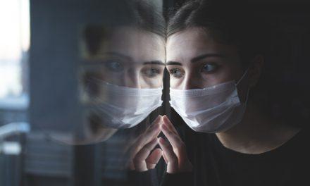 Tacticile de înspăimântare a populației intensifică pandemia și îngreunează eforturile de a  o controla