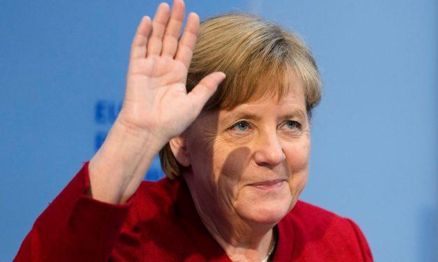 Doamna Merkel pleacă!